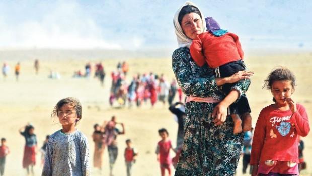 Piştî hatina DAIŞ'ê heta niha 100 hezar Êzidî bûne penaber