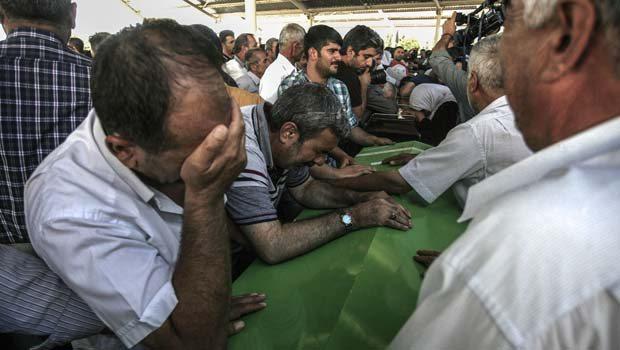 Katliamda yaşamını yitiren 30 insanımızın kimlikleri