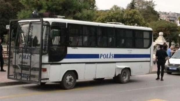 İstanbul'da çevik kuvvete silahlı saldırı!