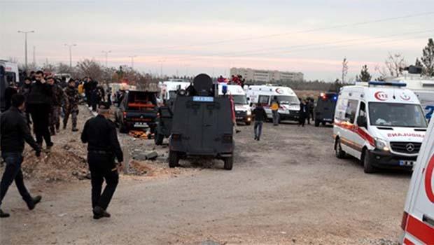 Diyarbakır saldırısında 4 gözaltı