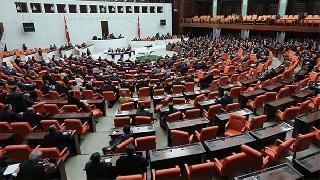 Anayasa değişikliği teklifinin ikinci turunda ilk beş madde kabul edildi