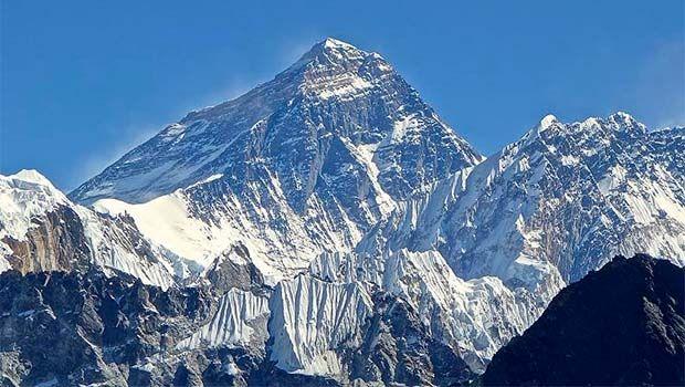 Everest'in yüksekliği yeniden ölçülecek; işte nedeni...