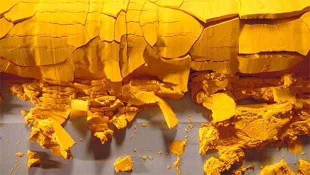 Rusya`dan İran`a 149 ton 'sarı kek'