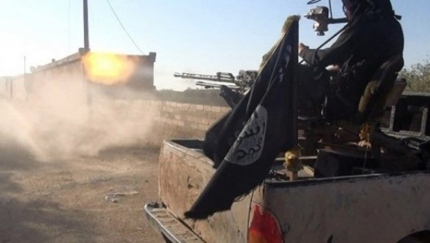 IŞİD Batı Rakka'da karşı saldırı başlattı