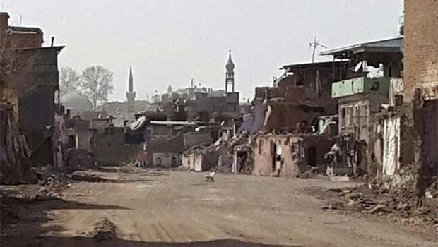 Sur'da referanduma 'Sokaga çıkma yasağı' ayarı