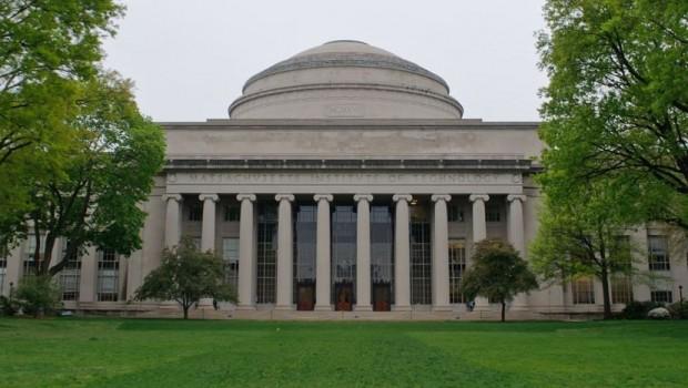 MIT, kurallara uymayana 250 bin dolar ödül verecek