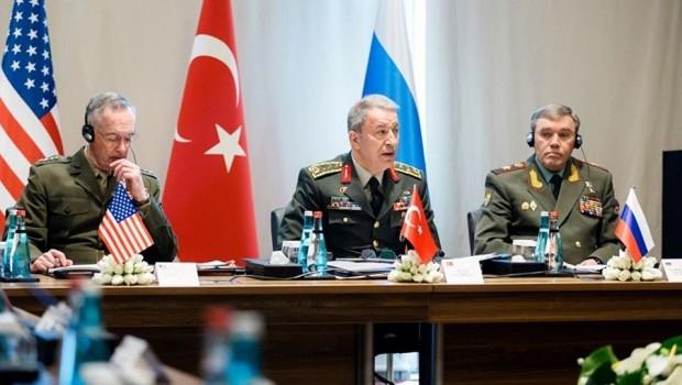 Türkiye'den Antalya'daki zirveye 3 aşamalı YPG'siz Rakka planı