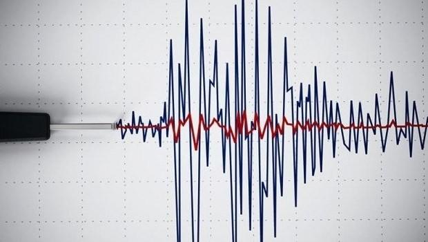 Adıyaman ve Van'da deprem