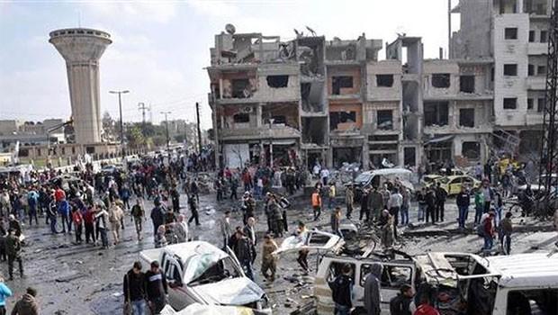Suriye ile anlaşan ÖSO, Humus'tan çekiliyor!