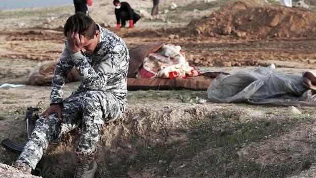 HWR: Irak bu toplu mezar için bir anıt yapmalı