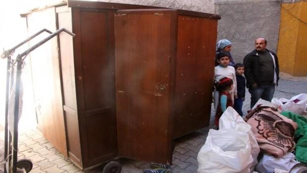Urfa'da gardrop 5 kişilik aileye ev oldu