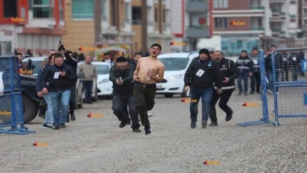 Diyarbakır Valiliği: İki Polis Görevden uzaklaştırıldı