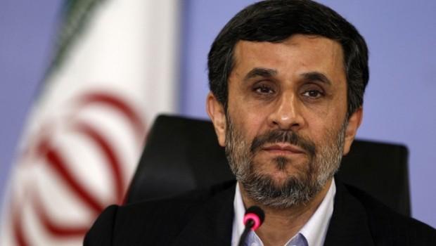 Eski İran Cumhurbaşkanı Ahmedinejad'ın eleştirileri tartışma yarattı