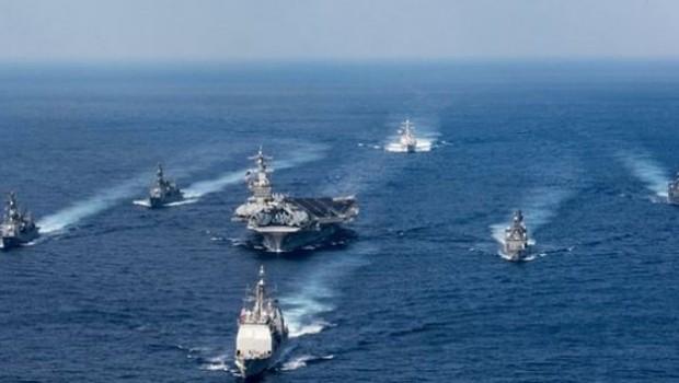 Japon savaş gemileri Kore yarımadasında ABD donanmasına katılıyor