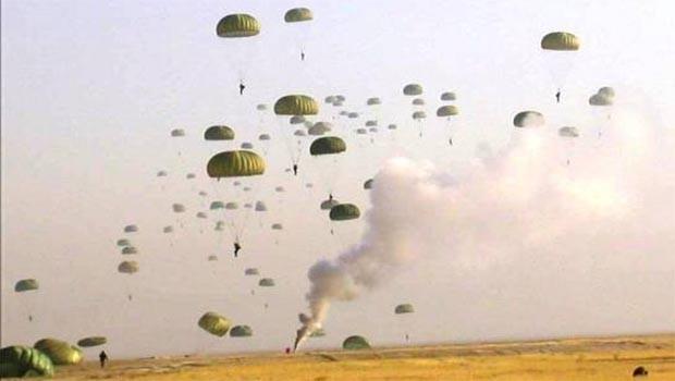 Koalisyon paraşütçülerinden, Deyr ez Zor'a operasyon