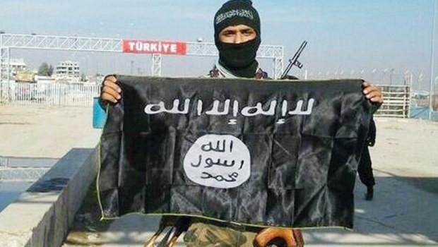 Guardian'dan çarpıcı iddia: IŞİD'liler Türkiye'ye kaçıyor!