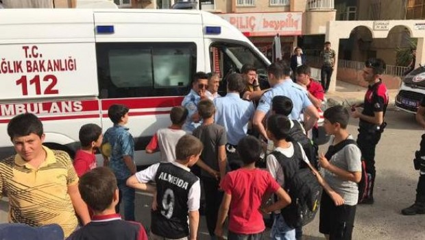 Urfa'da kardeş kavgası: 3 yaralı