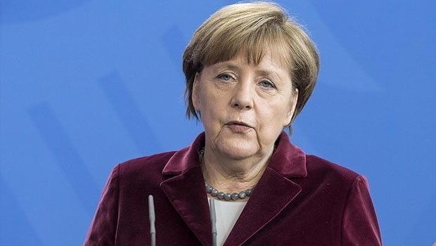 Merkel'den İncirlik çıkışı