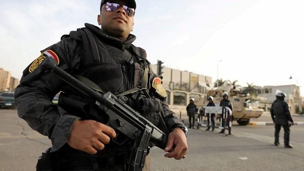 Mısır'da kiliseye silahlı saldırı: 23 ölü