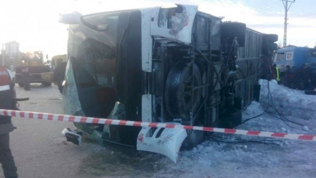 Ankara'da yolcu otobüsü şarampole yuvarlandı