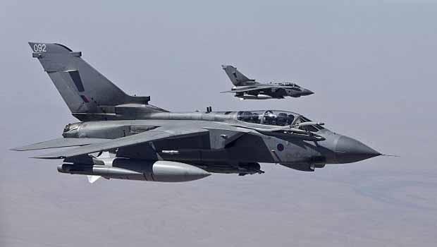 İngiltere'de savaş uçakları aniden havalandı!