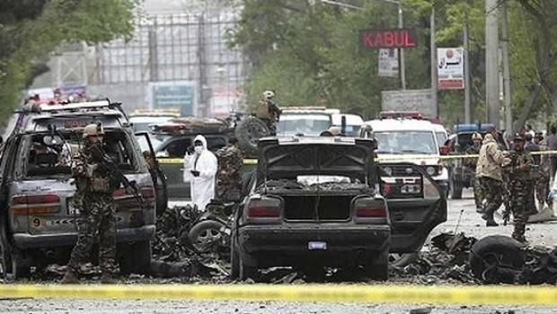 Afganistan'da canlı bomba saldırısı; onlarca ölü ve yaralı!