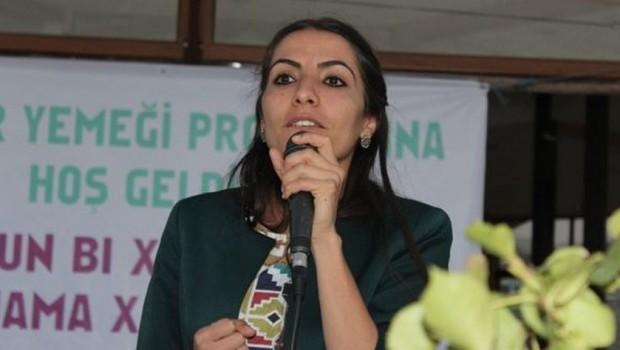 HDP'li Tuğba Hezer'in vekilliği düşürüldü