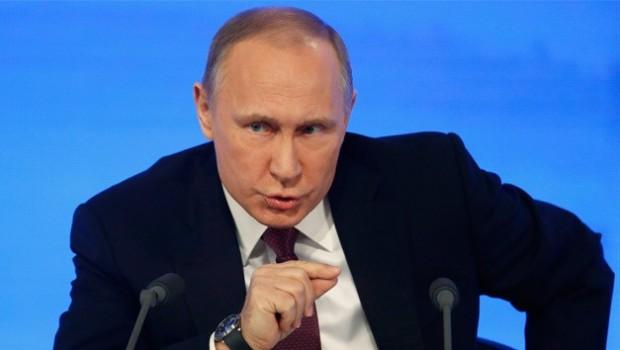 Putin: 'Kürt savaşçıların terörle mücadeleye katkısı çok büyük'