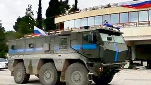 'Rusya, Efrin'de bulunan üslerini boşaltıyor' iddiası