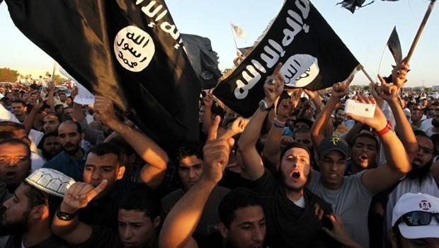 IŞİD'de ilk çatlak! Bağımsızlıklarını ilan ettiler