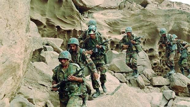 Doğu Kürdistan'da çatışma.. Bir İran subayı öldü!