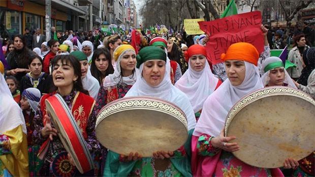 Kemalist feminizmin Kürt kadınları üzerindeki tahakkümü ve Kürt kadınlarının eklemlenmedeki ısrarı