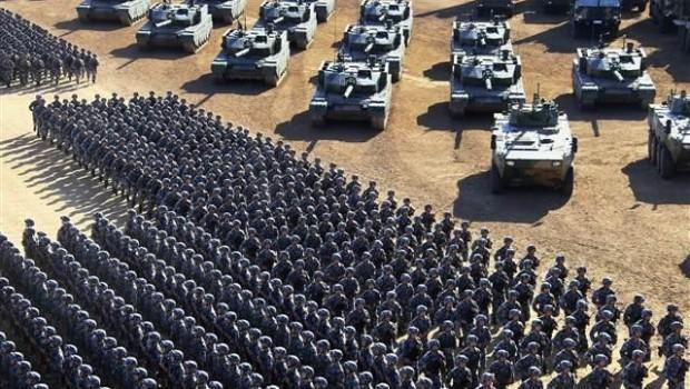 Gövde gösterisi yaptılar... 'En güçlü orduya ihtiyacımız var'