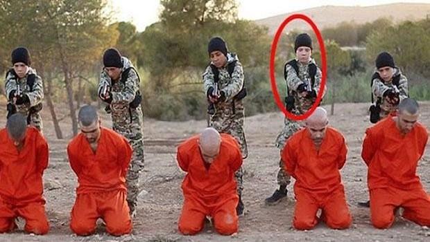 IŞİD'in elinde tutsak kaldı! Öz oğlu ölümle tehdit ediyor