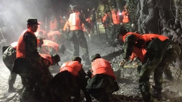 Çin'de peş peşe büyük depremler
