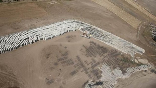 İran sınırına da duvar örülüyor