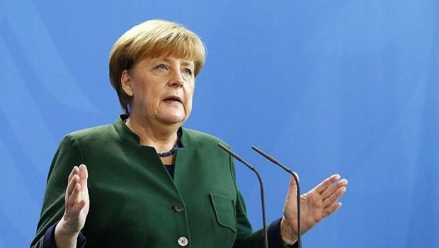 Merkel'den Kuzey Kore açıklaması: Kriz askeri yolla çözülemez