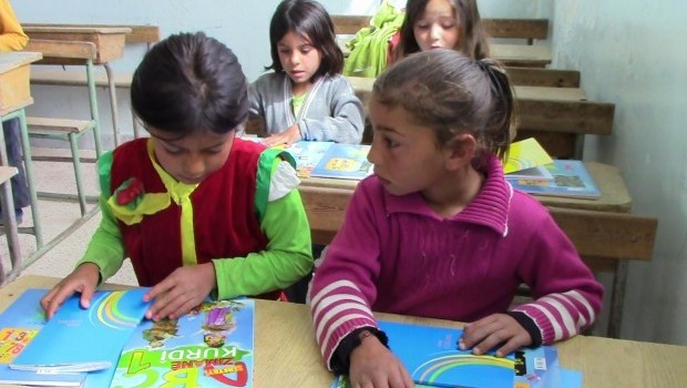 Rojava'da eğitim dili Kürtçe oldu