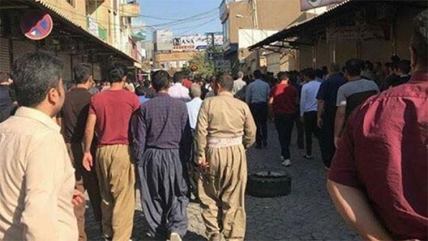 Doğu Kürdistan'da öfke dinmiyor!
