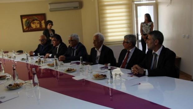 Kürdistan Bağımsızlık Referandumunu Destekleme İnisiyatifi'nden HDP'ye ziyaret