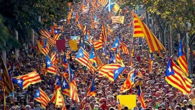 Katalonya'da bağımsızlık referandumu kampanyaları başladı
