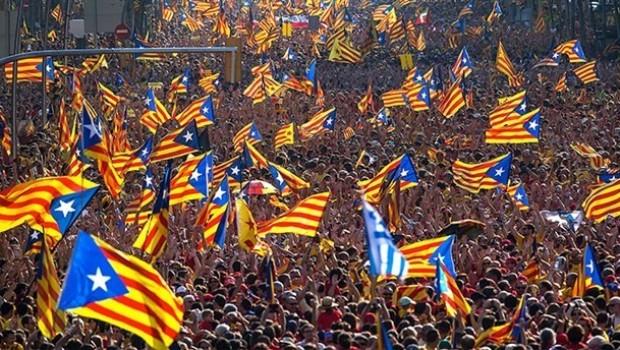 İspanya'dan Katalanlara anti-demokratik çağrı