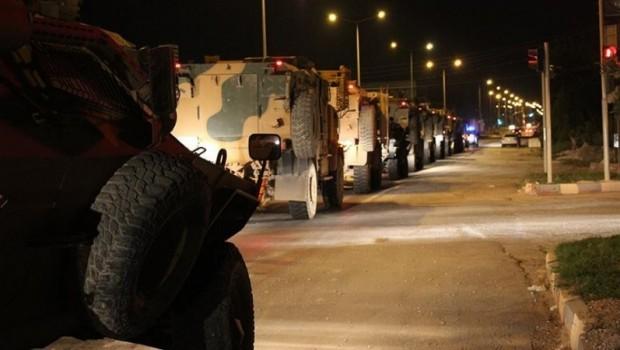 TSK'dan sınıra yoğun askeri sevkiyat