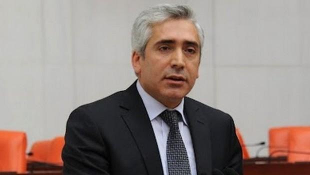 AK Partili Ensarioğlu: Referanduma karşı çıkmamız yanlış