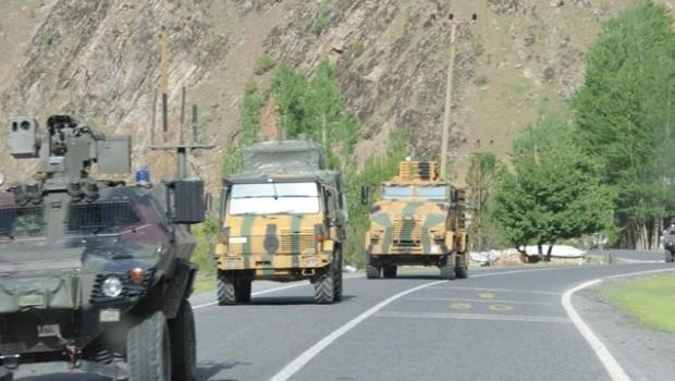 Hakkari'de askeri araç kazası: 7 asker yaralı