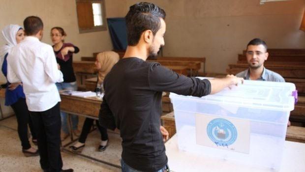 Rojava'da halk bugün sandık başında