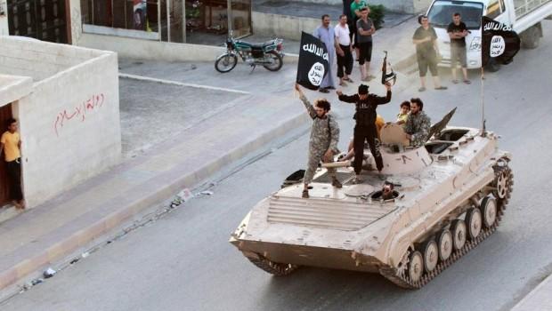 IŞİD, Suriye'de bir kenti yeniden ele geçirdi