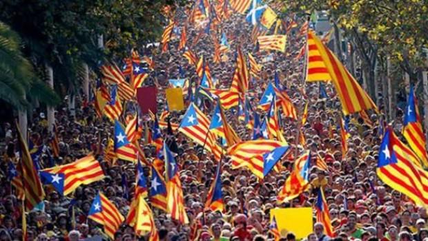 Katalonya'da referandumun ilk sonuçları açıklandı