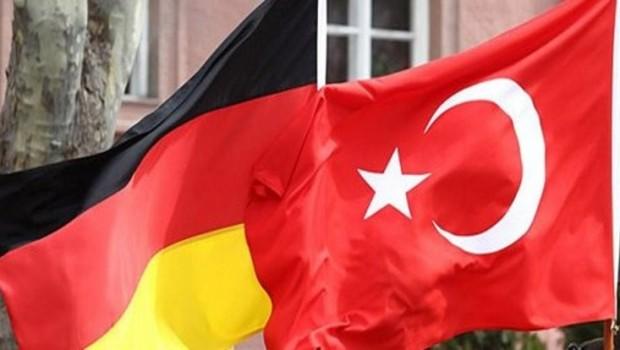 Almanya'dan Türkiye'ye vize askıya alınsın talebi!