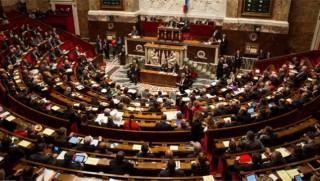 İspanya olağanüstü toplandı: Katalonya 6 ay içinde seçime gitmeli...